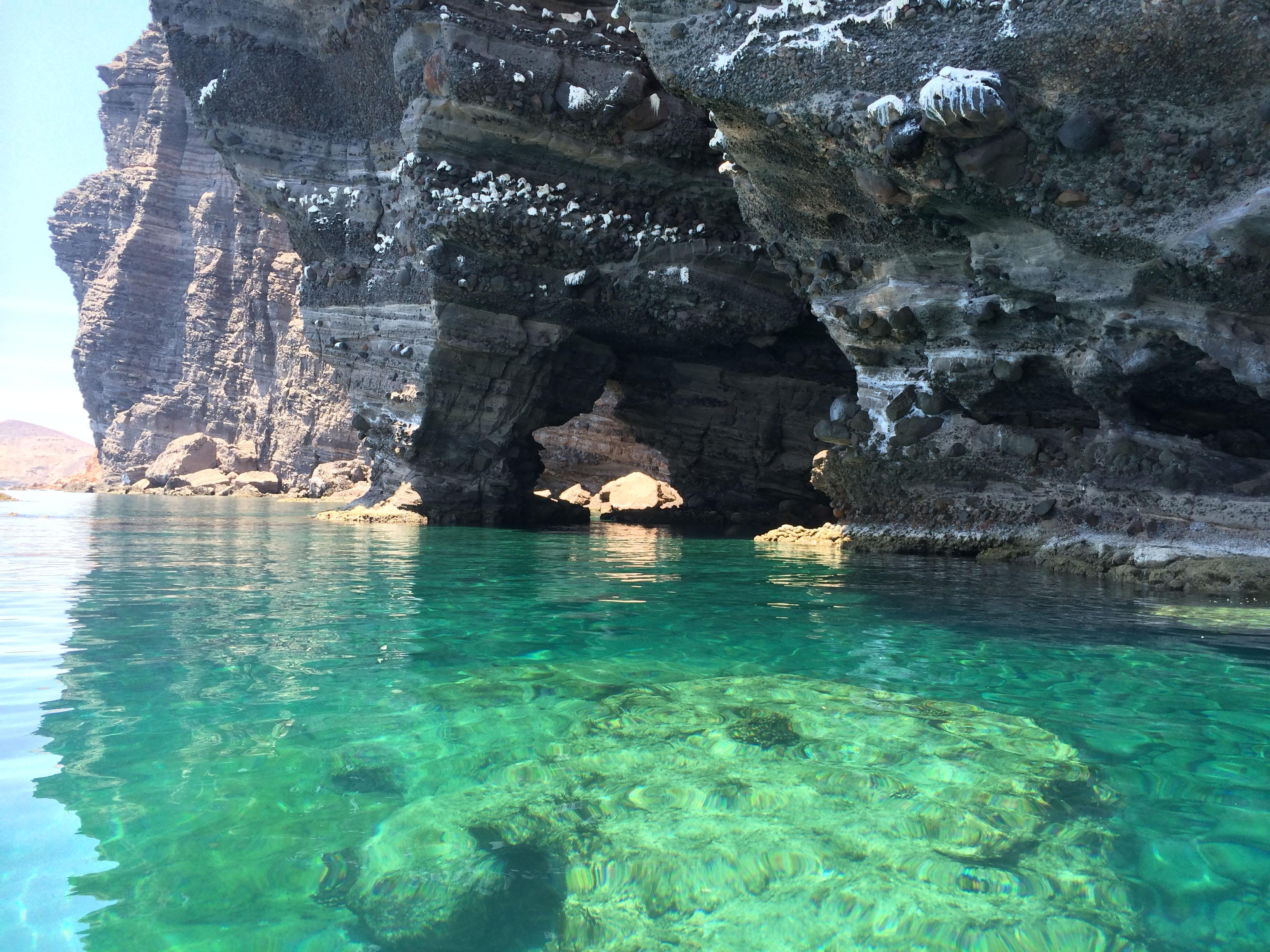 Esp Santo caves water2