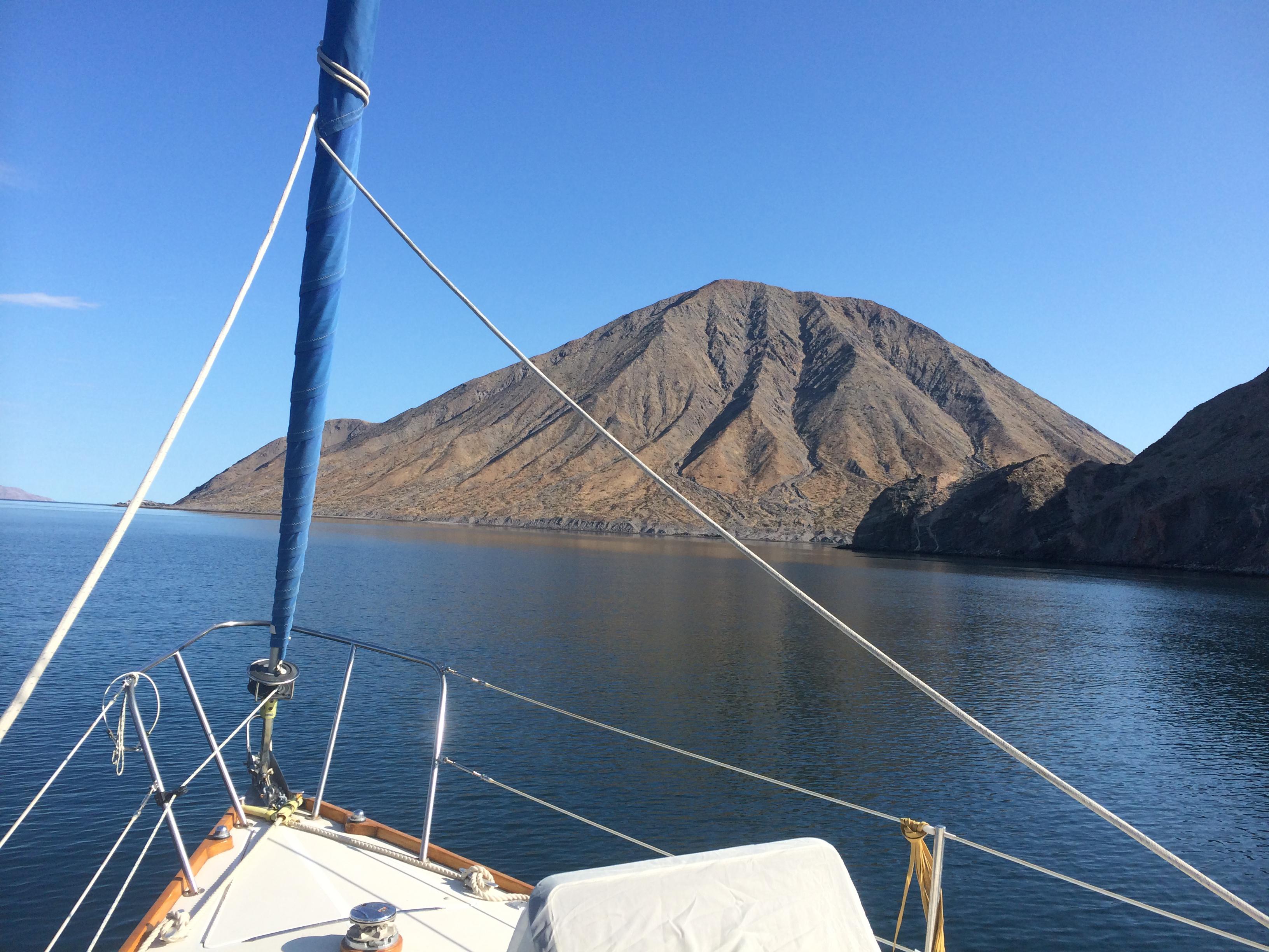 Coronado volcano bow